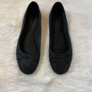 Xappeal Black Flat Dress Shoes